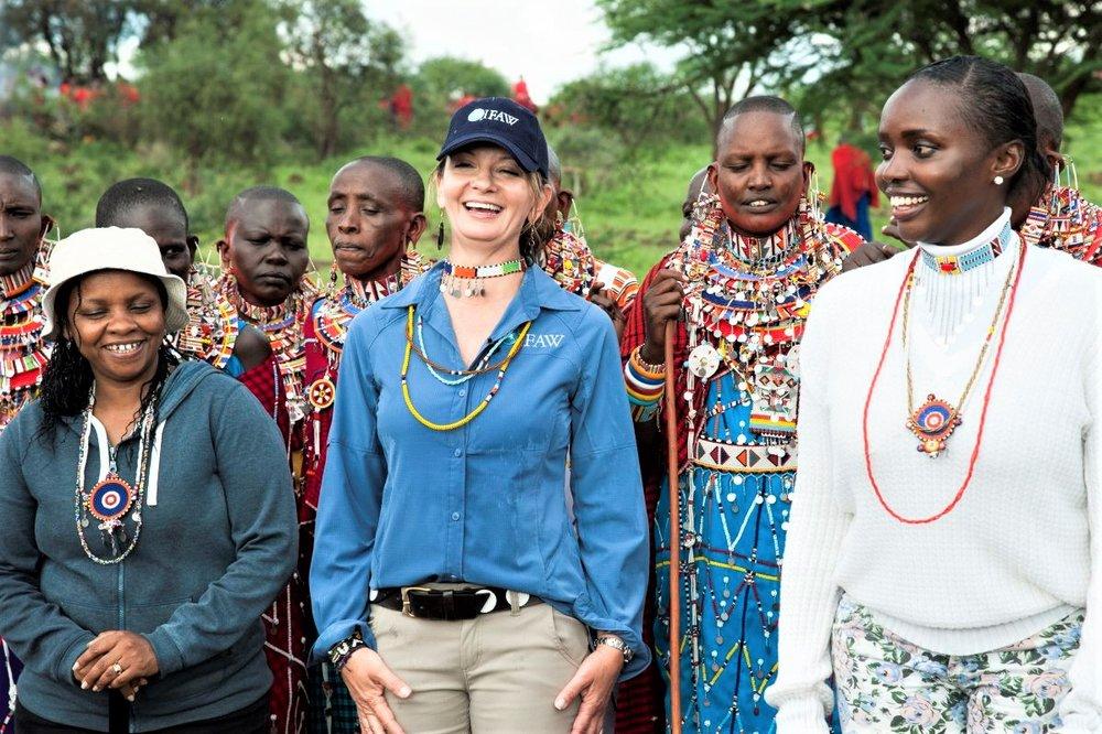 Faye-Cuevas-Masaai-Women-32419-.jpg