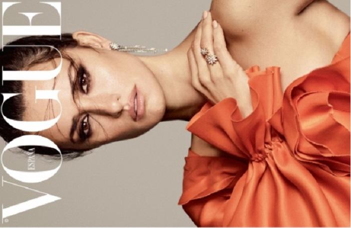 Penelope-Cruz-Luigi-Iango-Vogue-Spain-April-2019- (8).jpg