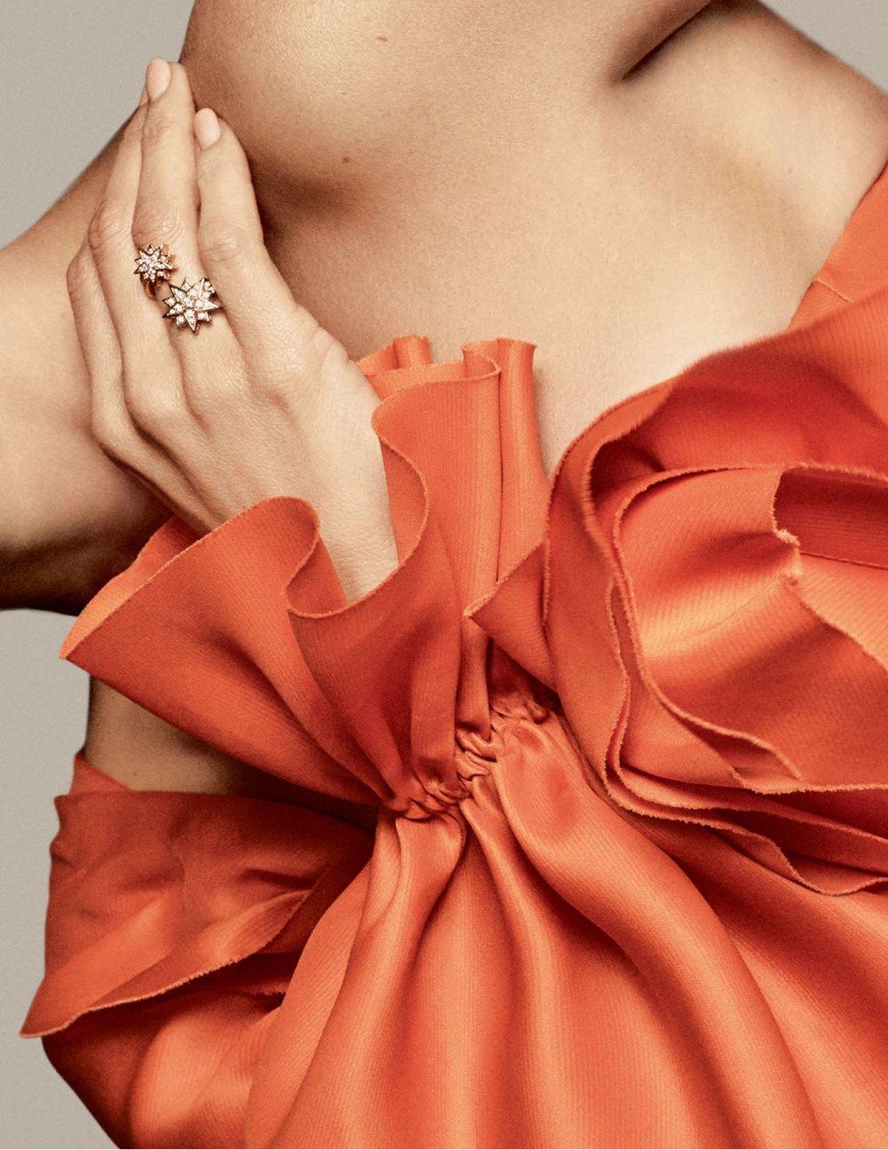 Penelope-Cruz-Luigi-Iango-Vogue-Spain-April-2019- (10).jpg