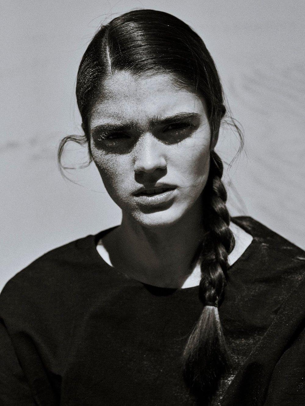 Alexandra-Micu-Sonia-Szostak-Porter Edit- (11).jpg