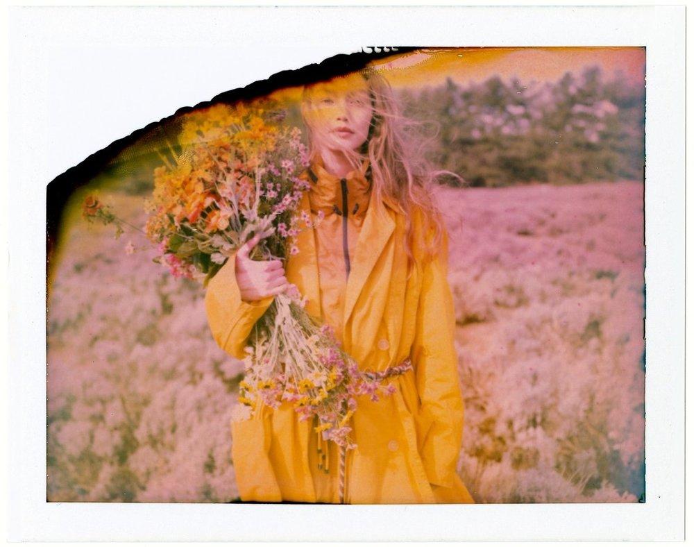 Gigi-Hadid-Helena-Christensen-Vogue-Czech-May-2019 (14).jpg