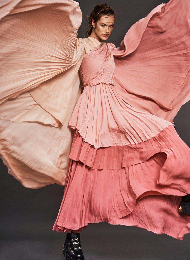 Dasha-Maletina-Caleb+Gladys+Vogue+Taiwan (1).jpg