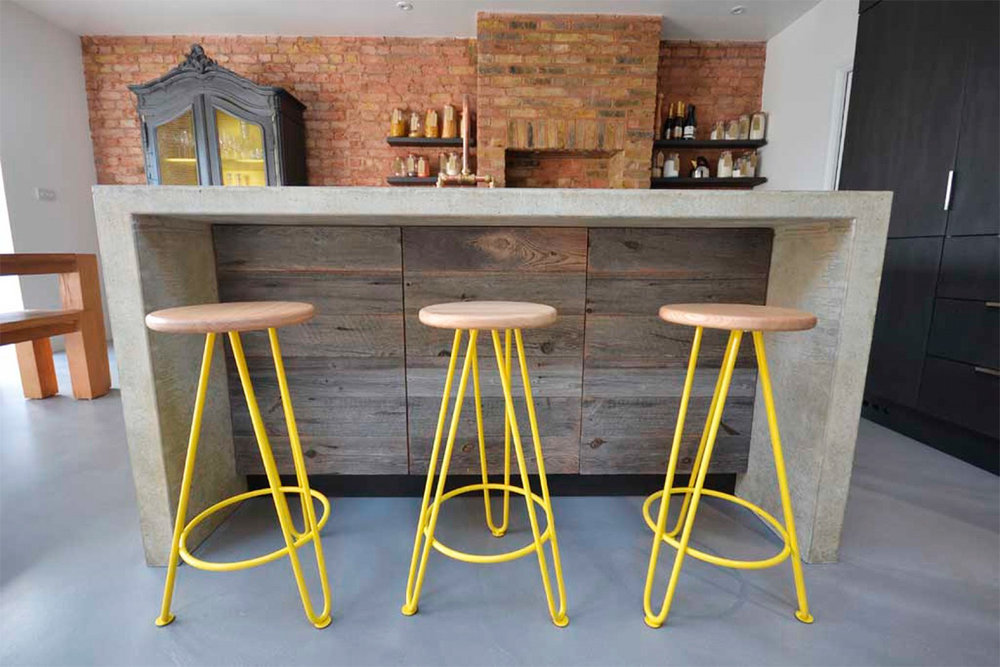 Arnold's_Kitchens_Cord_Industries_hairpin_leg_stools_east-london_6_web.jpg