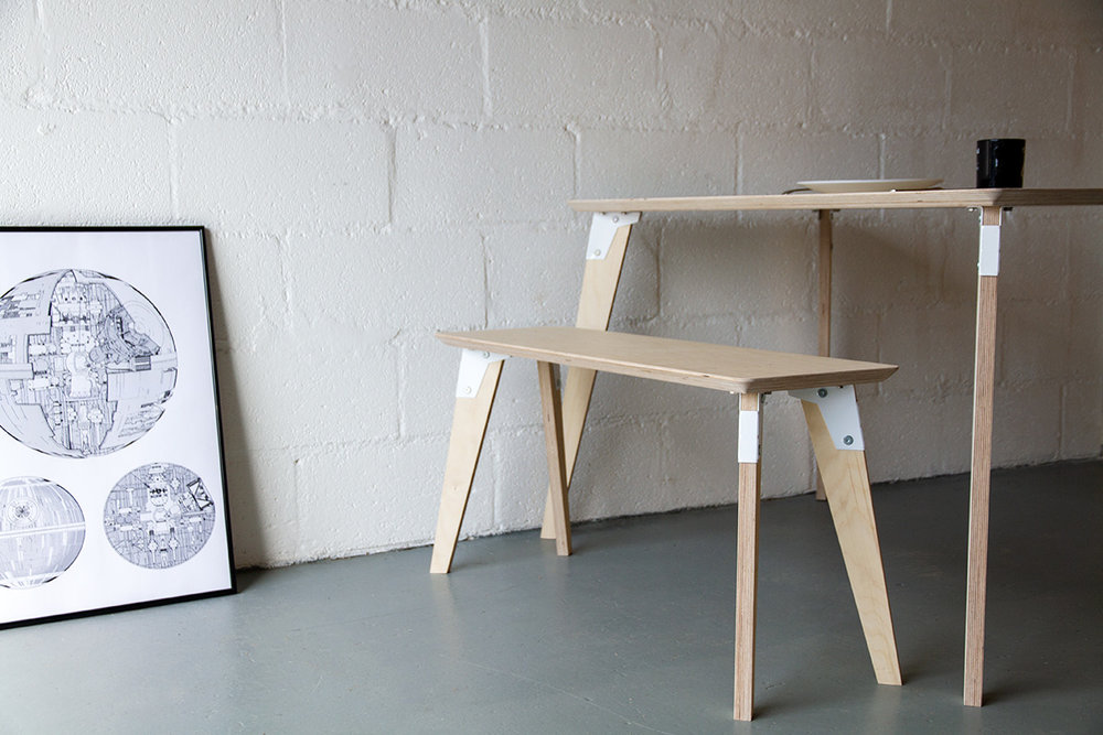 Cord_Industries_ModSys_Dining_Set_low_angle_06_web.jpg