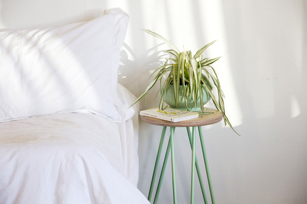 Cord_Industries_hairpin_stool_bedside_table_green_morning_light_02_web.jpg