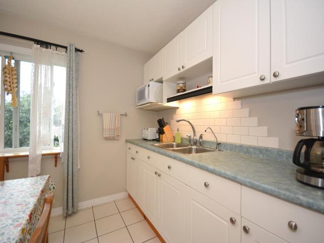 Kitchen_6.jpg