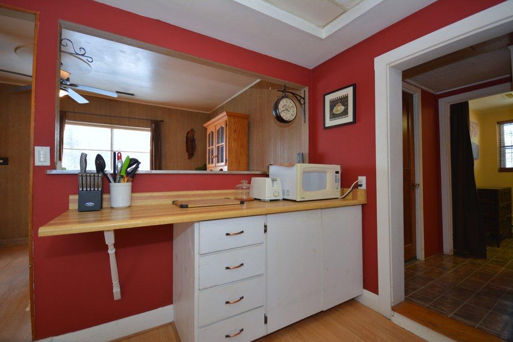 19-Kitchen.jpg
