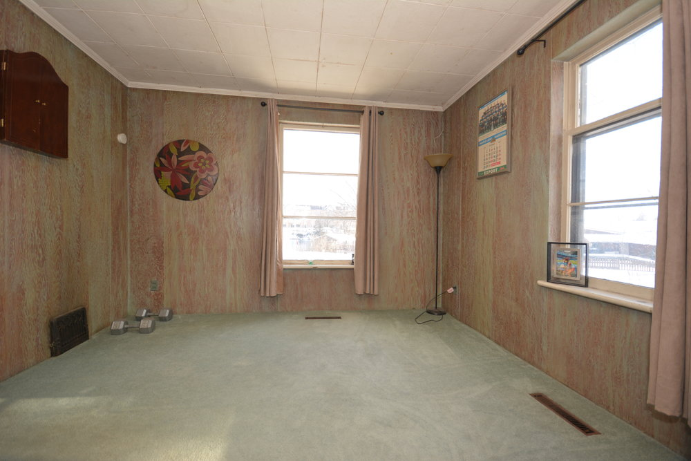 23-Bedroom.jpg