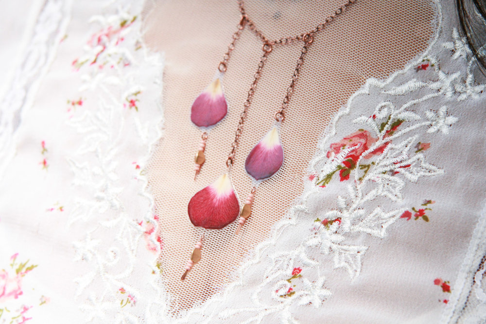 pantone bodacious rose petal necklace