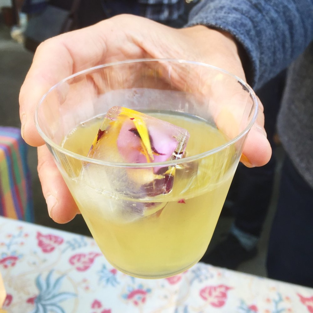 IMPRESSED by nature Blog - edible flowers party punch