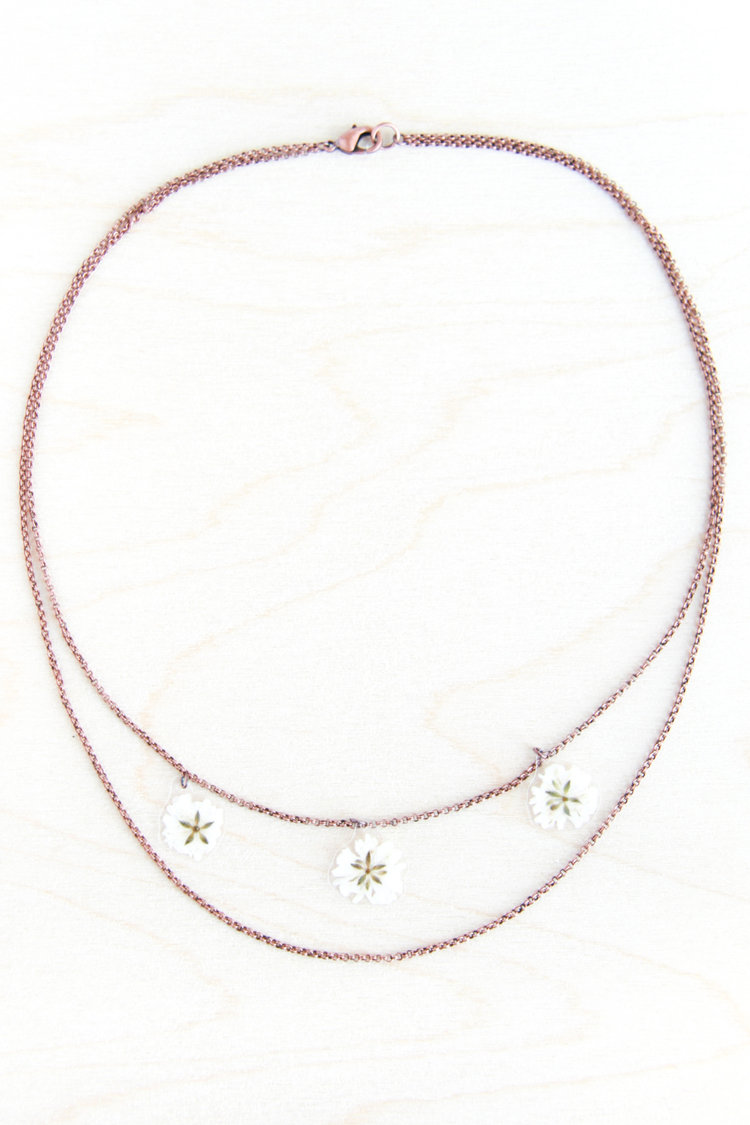 IMPRESSED by nature Babys Breath Pressed Flower Necklace