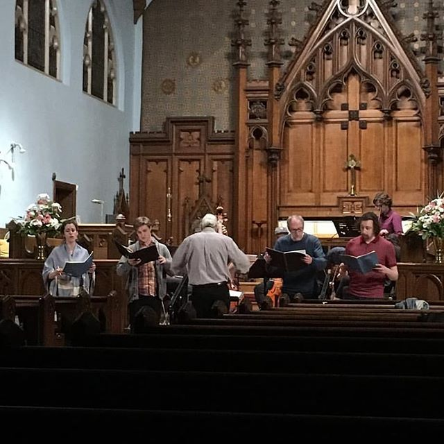 Though our 18/19 season is officially over, we're definitely not keeping quiet! Sunday afternoon, @simonhoneyman and O8 soprano emerita @ellen_mcateer join a host of marvelous musicians to perform bucketloads of Bach as part of the @torontobachfestival! It promises to be very challenging for them, so come and show your support! . . . #toronto #music #baroque #bach #imdead #sodead
