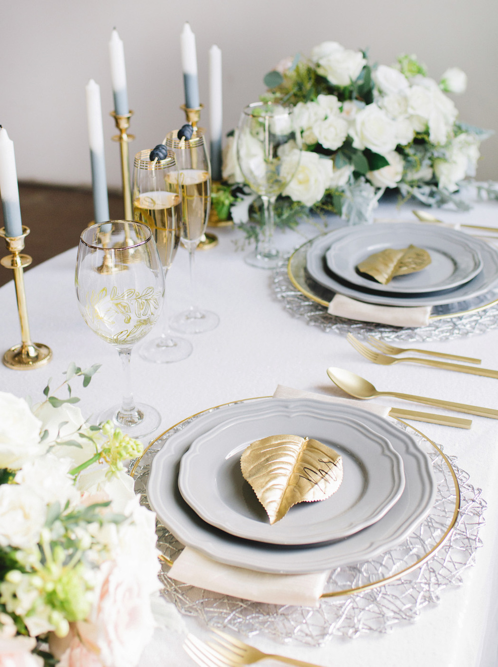 100 Layer Cake: Classic Luxe Wedding Inspiration. Click for more.