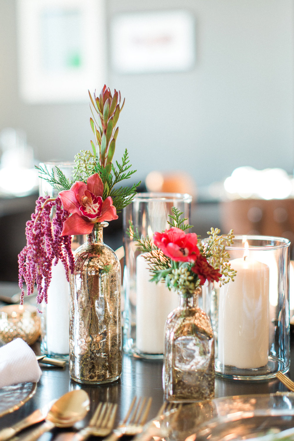 Get the look: Glass candleholder