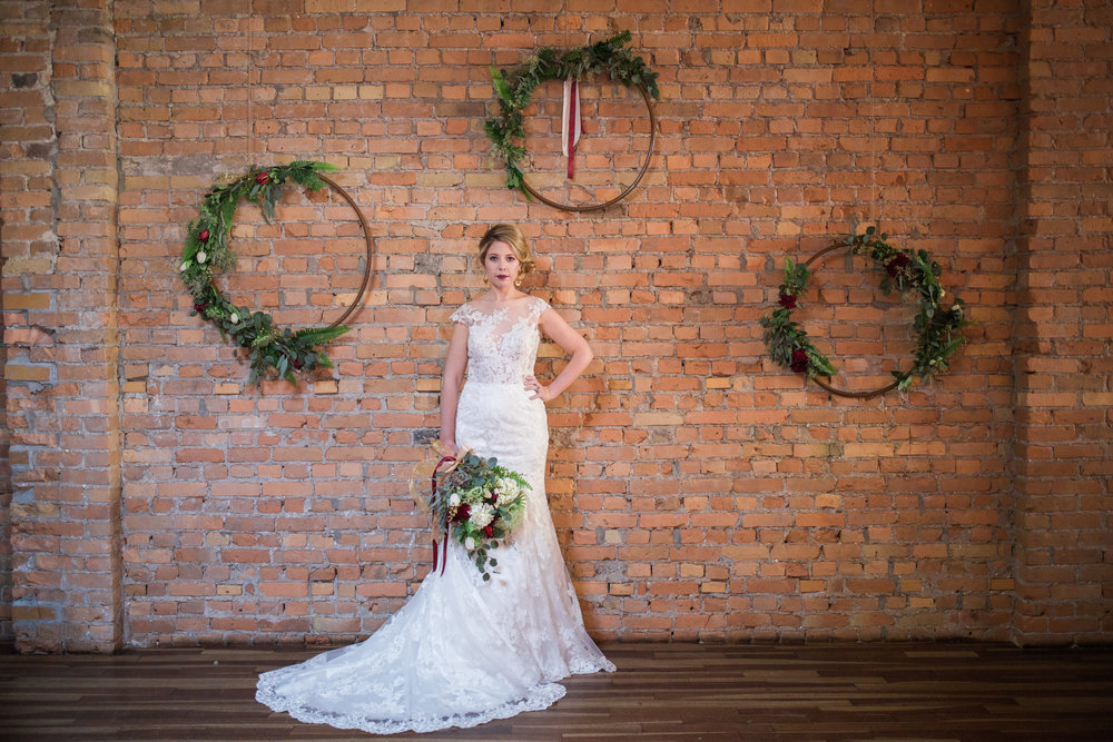Calgary Bride: Winterberry Styled Shoot. Click for more.