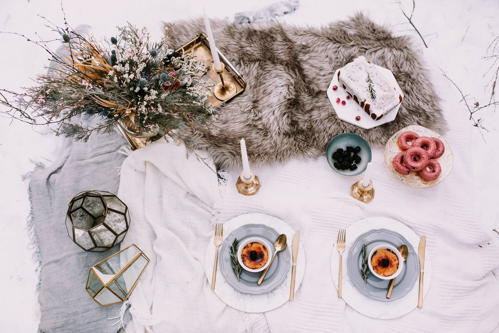 Rocky Mountain Bride: Winter Escape Elopement Inspiration. Click for more.
