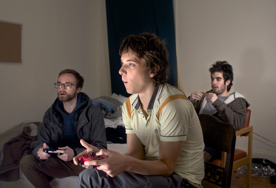 My Buds Play Video Games  (2012)