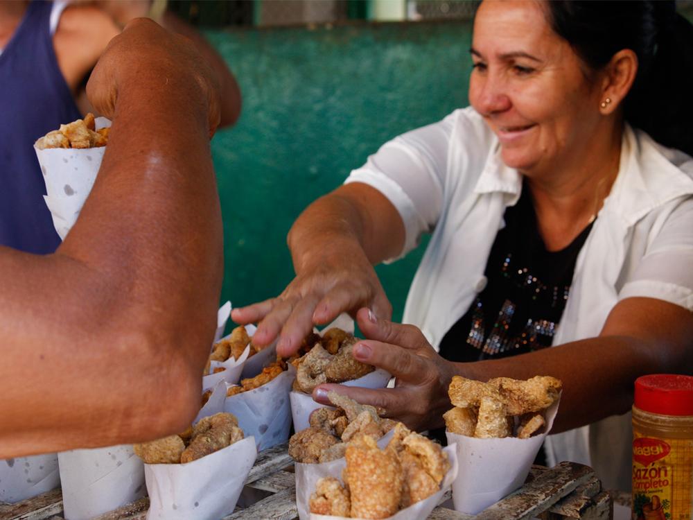 cuba food woman.jpg