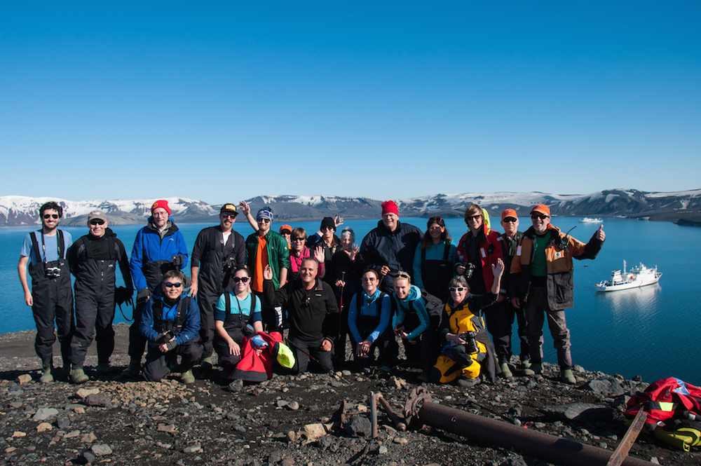 080adelineheymann_Antarctica2_day2-hikingdeceptionisland_0073.jpg