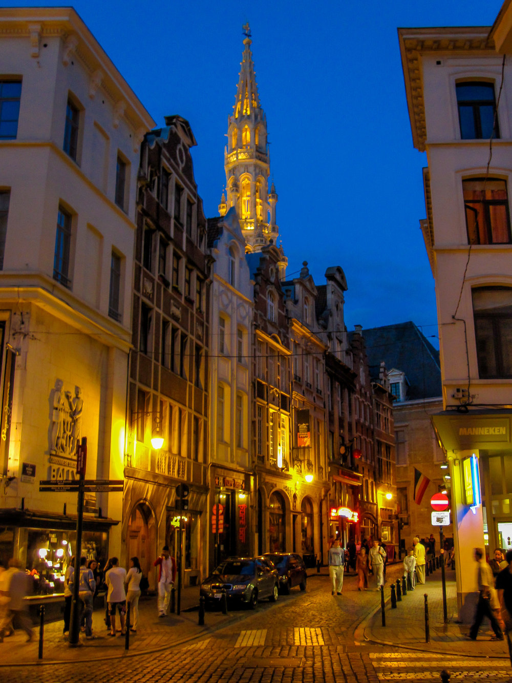 Stroll Through Bruxelles