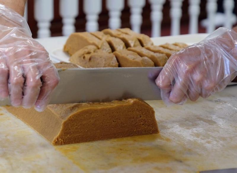 Pumpkin slicing.jpg