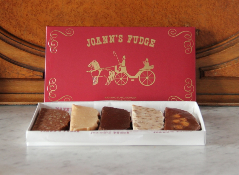 Joann's Fudge Deluxe Five Slice Burgundy Box