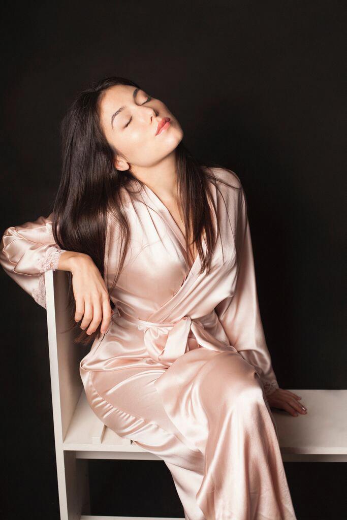christine-lingerie-silk-lingerie-silk-chemise-katrina-eugenia-photography-boudoir18.jpg