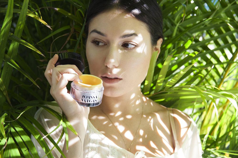 joanna-vargas-skincare-katrina-eugenia-photography-best-vitamin-c-serum-best-sheet-masks-best-exfoliator-daily-hydrating-cream69.jpg