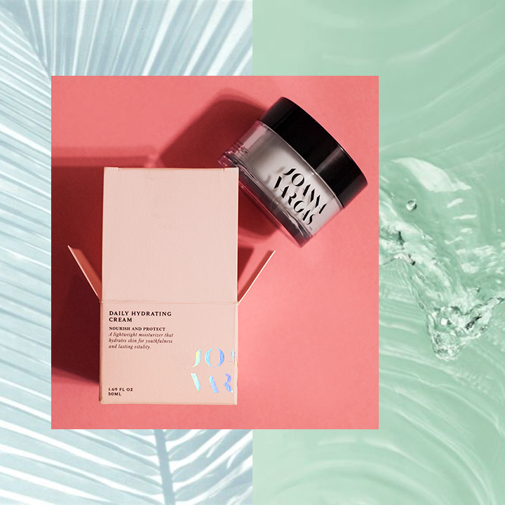 joanna-vargas-skincare-daily-hydrating-cream-celebrity-skincare-jvskincare-super-nova-serum-vitamin-c-serum-product-photography-katrina-eugenia-photography88.jpg