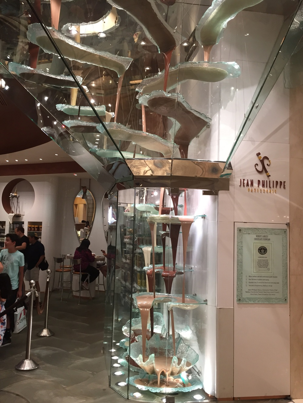 World's largest chocolate fountain- The Bellagio