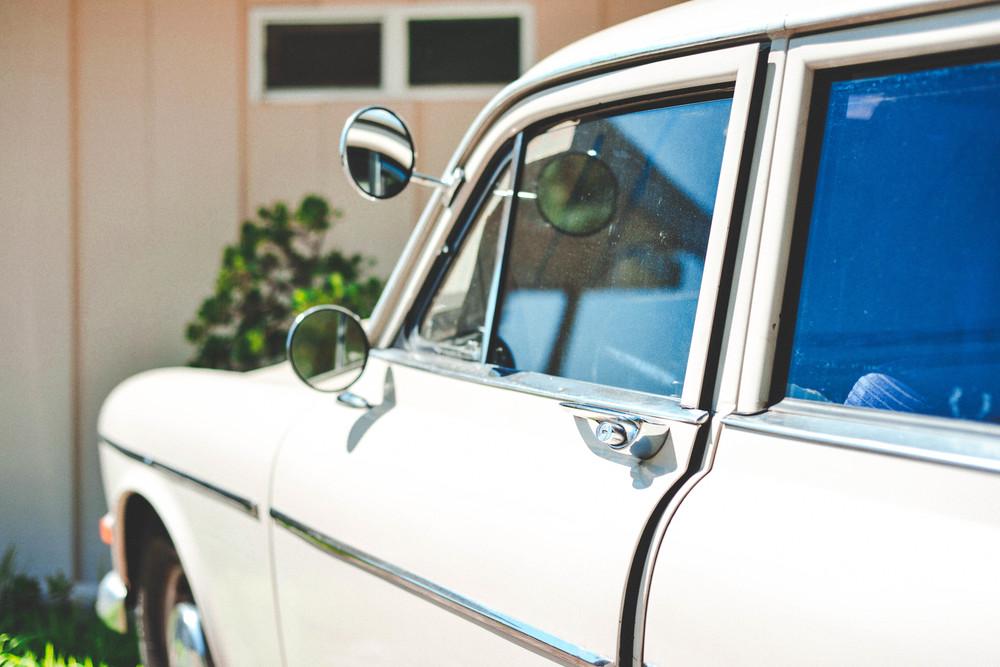 50 old car.jpg