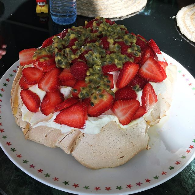 The pavlova gods shined on us today! Here's to Em! #dearmelanoma #pavlova #emmabetts #loveemma