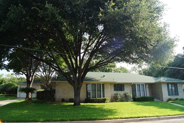 1814 QUAILWOOD  FREDERICKSBURG, TX
