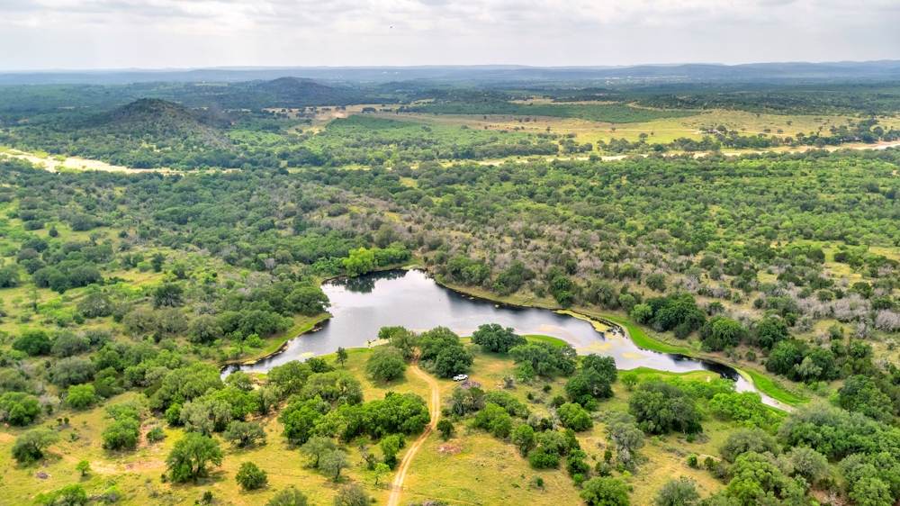 C5 RANCH    1118+/- ACRES   LLANO COUNTY