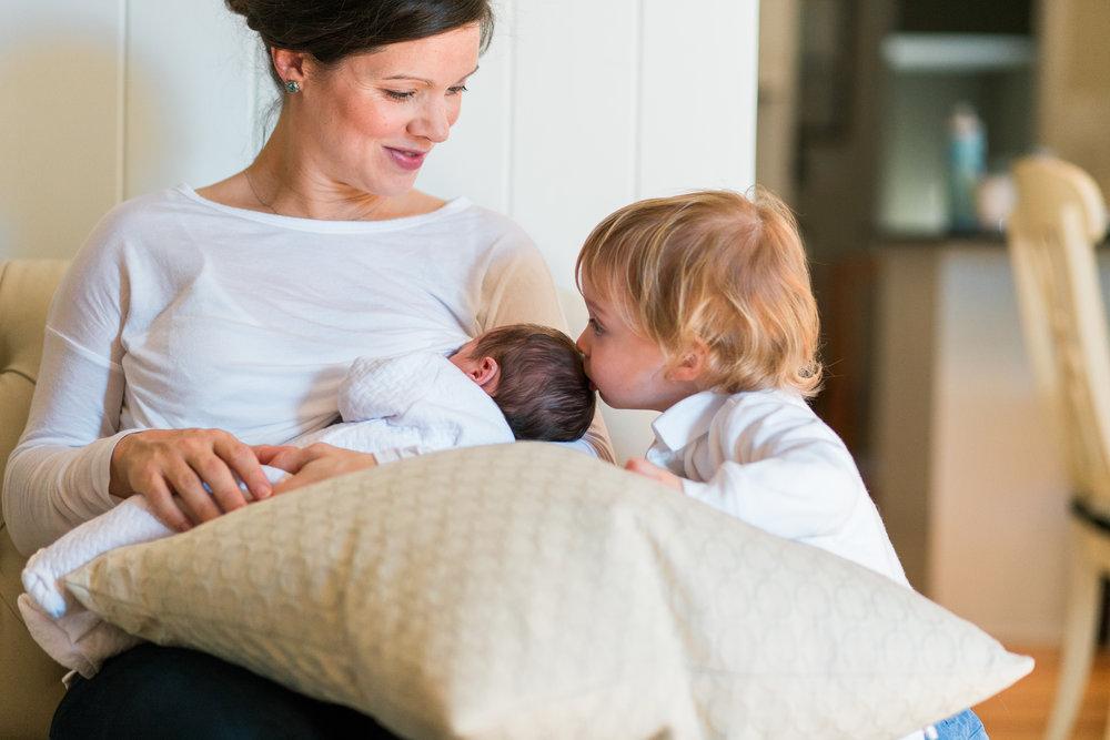 charleston newborn lifestyle photographer