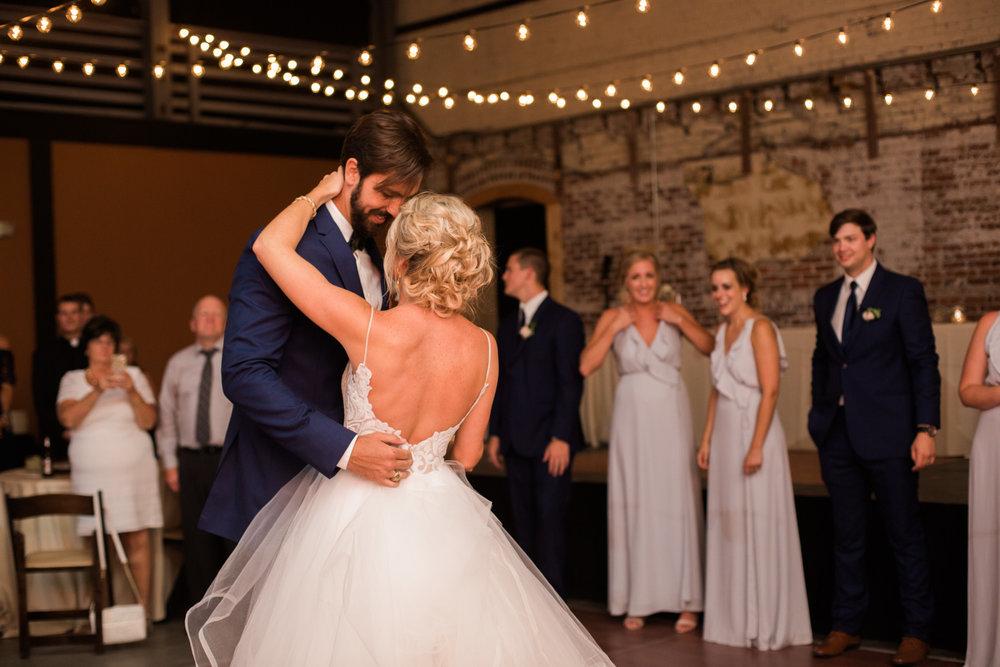 charleston natural wedding photographer