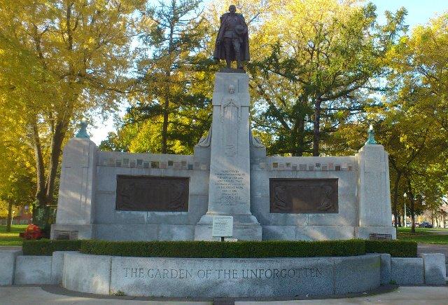 Cenotaph-Memorial Park, Oshawa, Ont., Canada