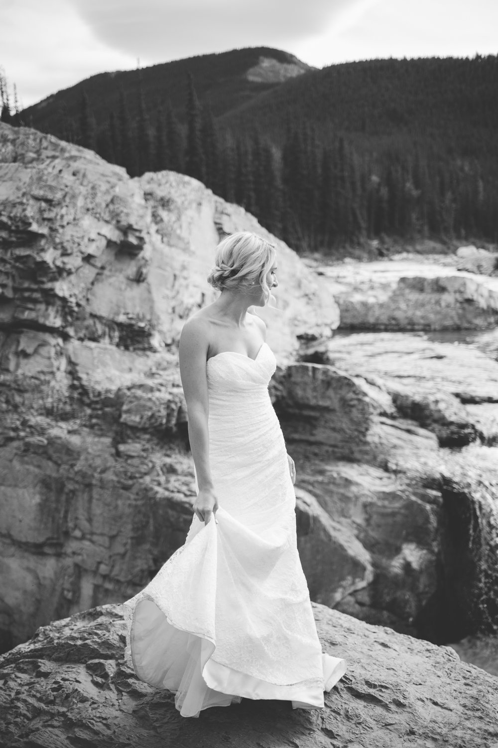 Rocky Mountain Banff Calgary Alberta Wedding-Jessika Hunter Photo-69.JPG