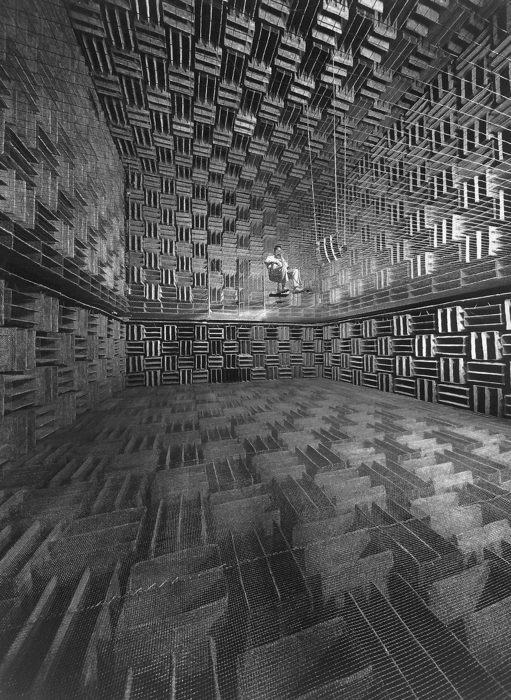 williemckay :     Bell Telephone engineer in a research room designed to eliminate 99% of all outside sound, 1947.