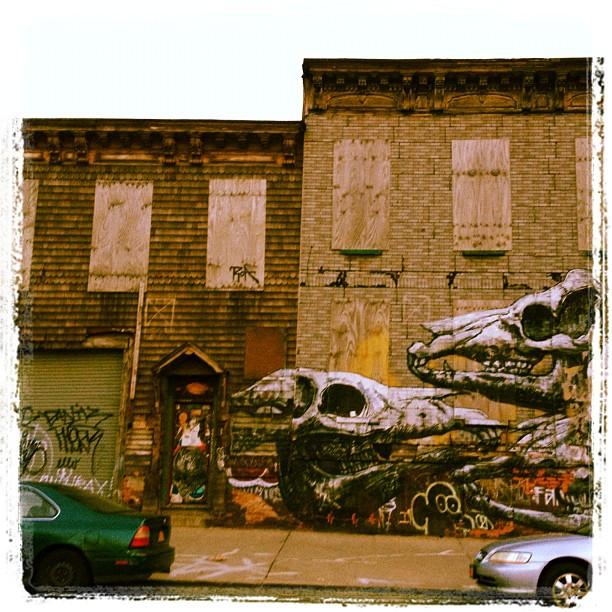 East #Williamsburg building art (1 of 2) (Taken with  Instagram )