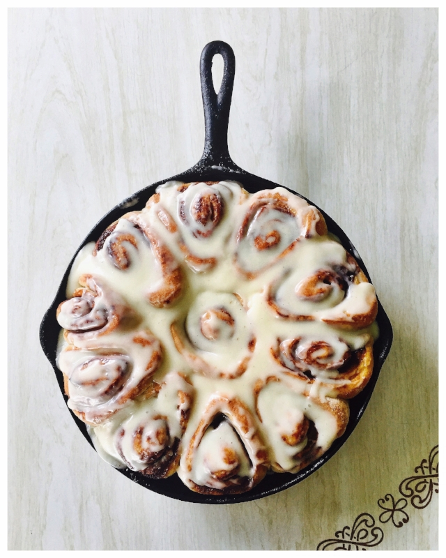 Cinnamon rolls with cream cheese frosting.jpg