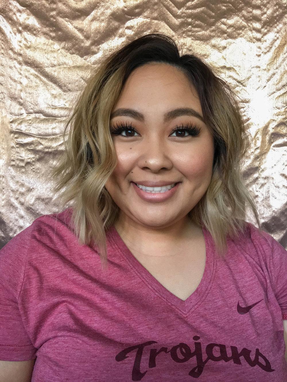 Quick & easy beachy waves. Hair tutorial on beautybyjessika.com.