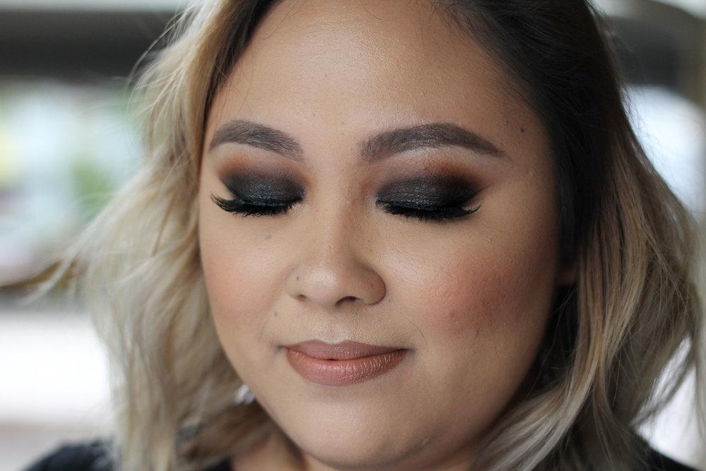 Black smokey eye tutorial on beautybyjessika.com.