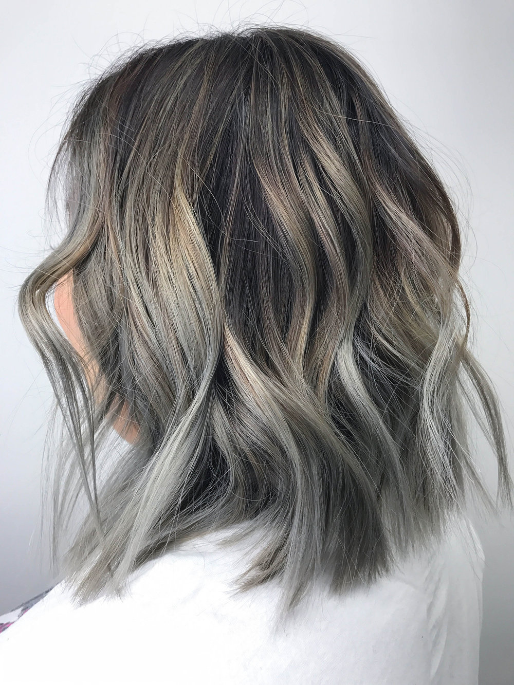 I get so many questions about my hair so today I'm sharing with you all about my hair cut, color, and style on my blog, beautybyjessika.com.