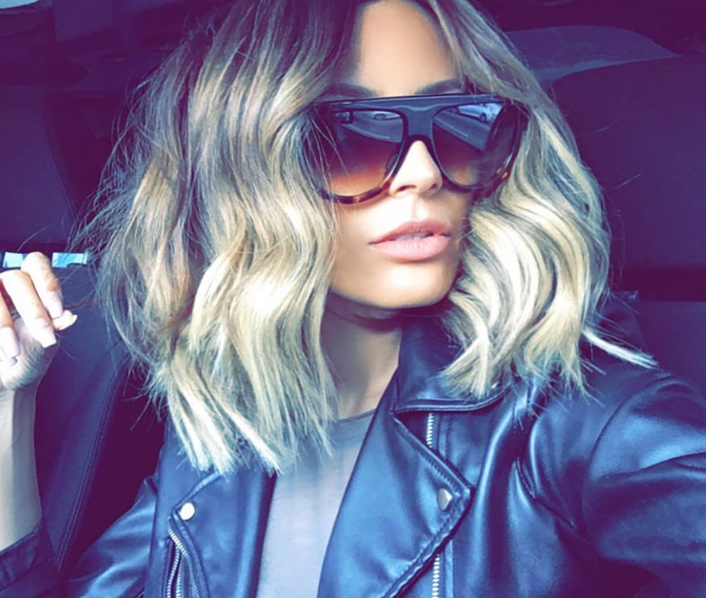I get so many questions about my hair so today I'm sharing with you all about my hair cut, color, and style on my blog, beautybyjessika.com. Photo via @desiperkins.