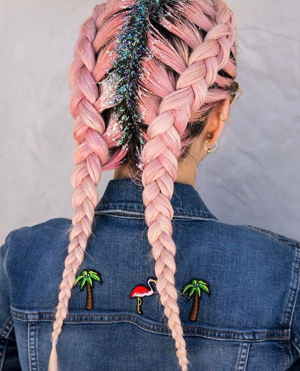 #GlitterRoots was one of many festival hairstyles trending on Instagram this weekend. I love this simple french braid pig tail with glitter roots. More inspiring trending festival hairstyles on beautybyjessika.com. (Photo via @jaclynharwood)