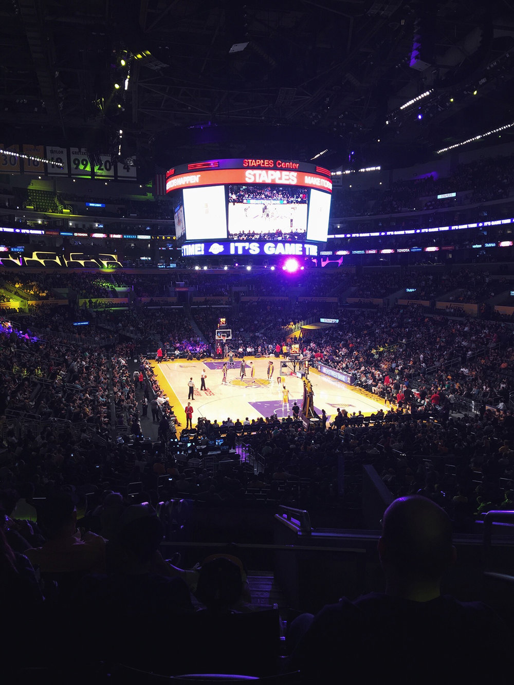 My first Lakers game at the Staples Center! Dear 26-Year-Old Me ... was first seen on beautybyjessika.com.