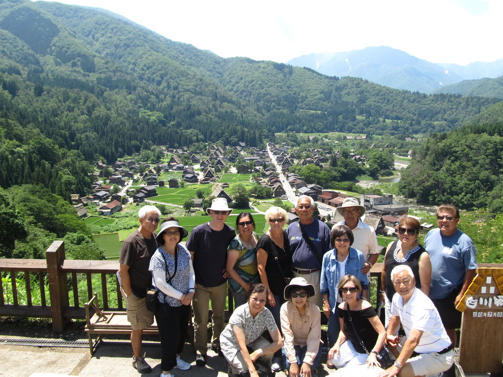 Cruises and Beyond founders Jack and Sherri Barber brought clients on an exploration of the Japanese town of Shirakawa, Gifu, known for its gasshō-zukuri style buildings.