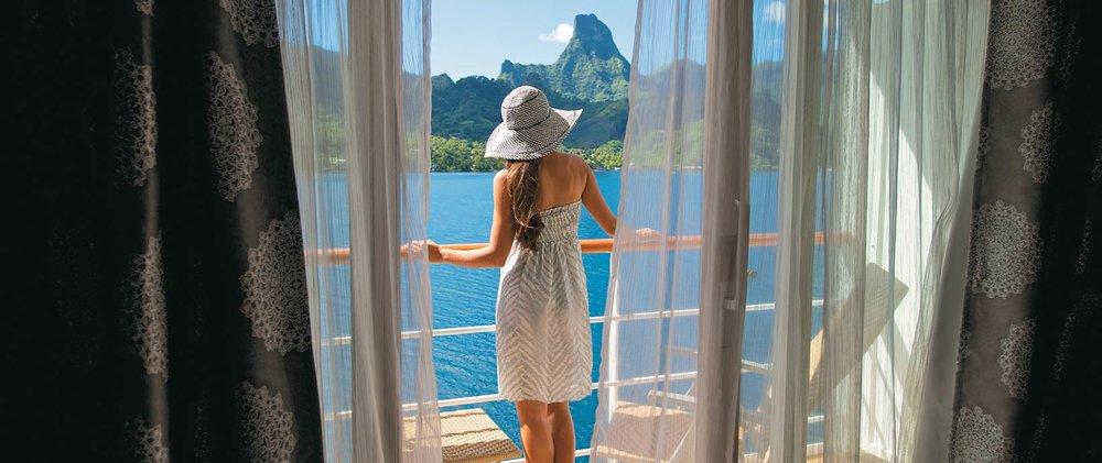 balcony_2979_1640x690.jpg