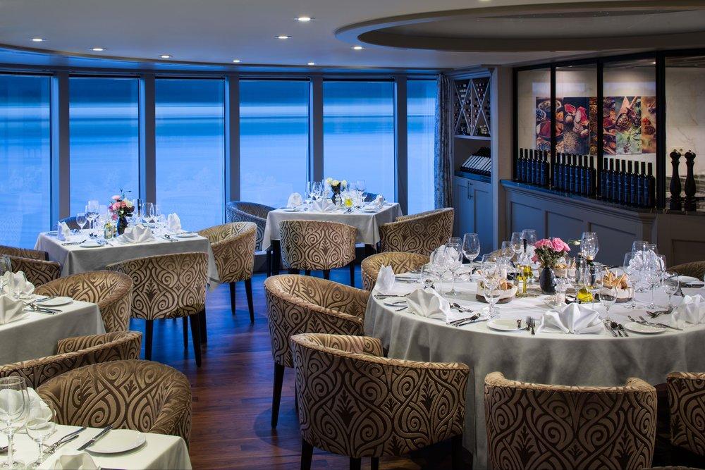 AmaPrima_Chefs_Table_Restaurant.jpg